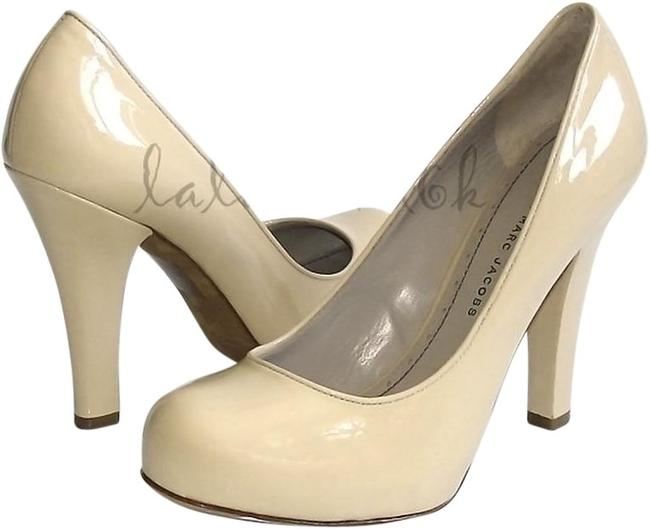 Item - Nude #615979 Pumps Size US 8.5 Regular (M, B)