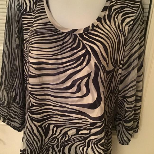 Chico's blouse Top Navy Blue and Cream Image 6