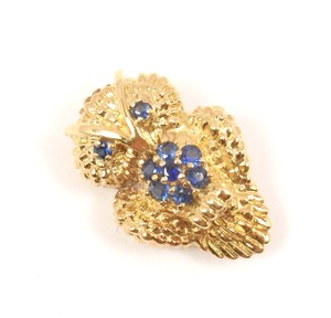 Tiffany & Co. Vintage 18K Gold Blue Sapphire Owl Textured Pin Brooch