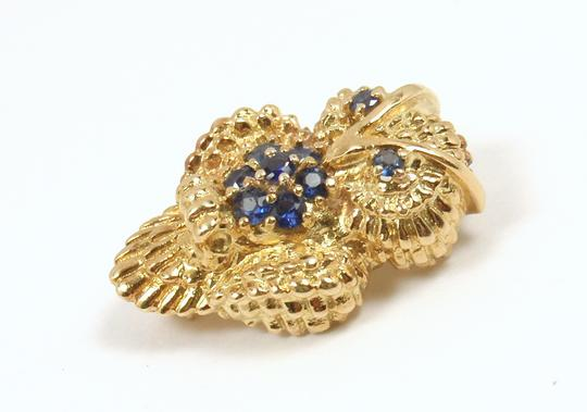Tiffany & Co. Vintage 18K Gold Blue Sapphire Owl Textured Pin Brooch Image 5