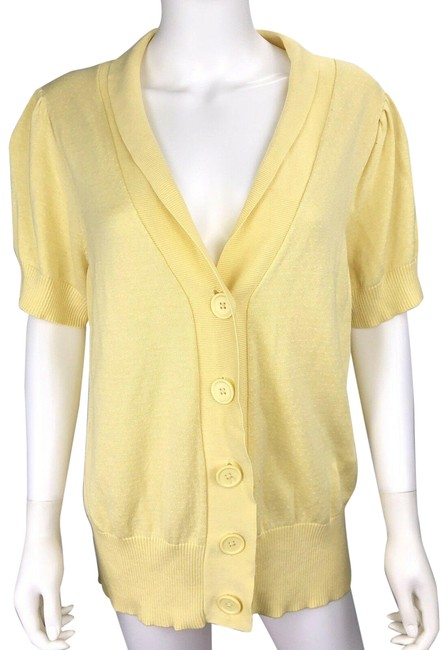 Preload https://img-static.tradesy.com/item/24859140/torrid-yellow-sweater-button-down-top-size-2-xs-0-1-650-650.jpg