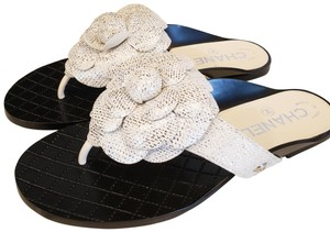 Chanel Cc Thong Metallic Camellia Fantasy White/Silver Sandals