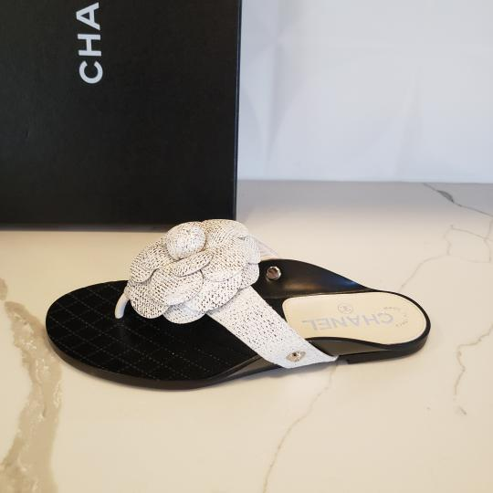 Chanel Cc Thong Metallic Camellia Fantasy White/Silver Sandals Image 2
