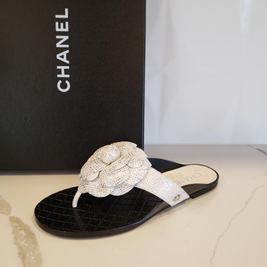 Chanel Cc Thong Metallic Camellia Fantasy White/Silver Sandals Image 3