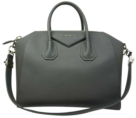Preload https://img-static.tradesy.com/item/24859193/givenchy-antigona-medium-tote-grey-leather-satchel-0-1-540-540.jpg