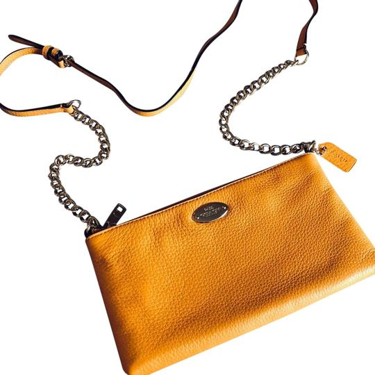 Preload https://img-static.tradesy.com/item/24859309/coach-quinn-yellow-cow-leather-cross-body-bag-0-1-540-540.jpg