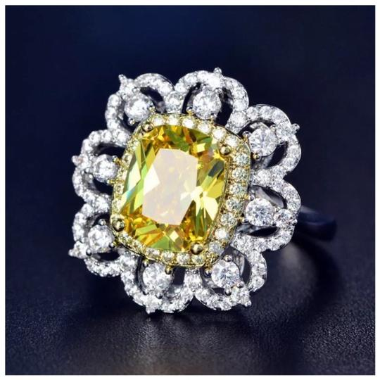 ME Boutiques Private Label Collection Swarovski Crystals The Oneida Ring S5 Image 1