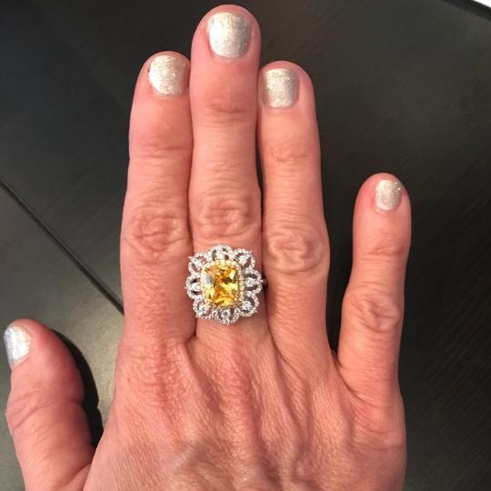 ME Boutiques Private Label Collection Swarovski Crystals The Oneida Ring S5 Image 4