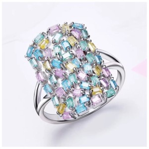 ME Boutiques Private Label Collection Swarovski Crystals The Aerwyna Pixie Ring Size 6 S5