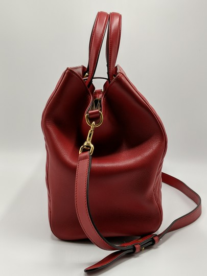 Gucci Dionysus Gg Supreme Matelasse Marmont Tote in Red Image 3