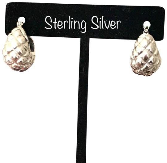 Preload https://img-static.tradesy.com/item/24860077/silver-sterling-quilted-puffy-shrimp-hoop-earrings-0-5-540-540.jpg