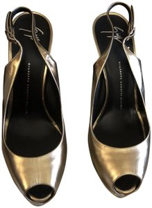 230c1a392f705 Gold Giuseppe Zanotti Sandals - Up to 90% off at Tradesy