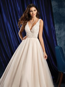 Alfred Angelo White Tulle 97260210 Formal Wedding Dress Size 10 (M)