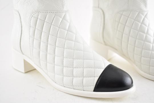 Chanel Tweed Glitter Quilted Chain white Boots Image 4