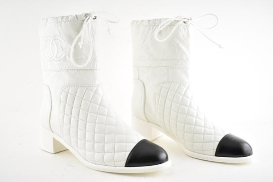 Chanel Tweed Glitter Quilted Chain white Boots Image 3