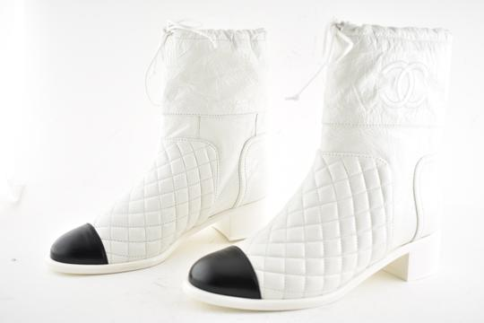 Chanel Tweed Glitter Quilted Chain white Boots Image 9
