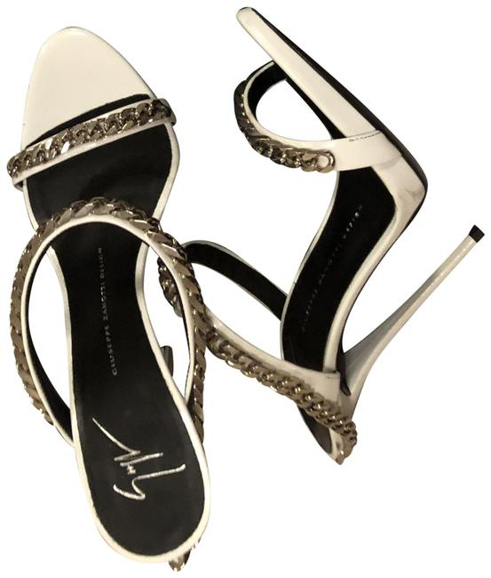 Item - White Chainlink Sandals Size EU 39 (Approx. US 9) Narrow (Aa, N)