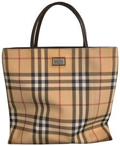 717b11e10b12 Burberry Plaid - Up to 70% off at Tradesy
