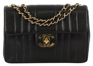 da11fc11890 Chanel Bags - Up to 90% off at Tradesy