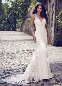 Maggie Sottero Ivory Crepe Veronica Sexy Wedding Dress Size 10 (M)