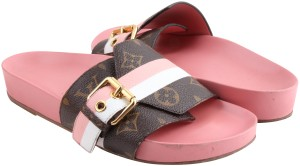 b1081b8ee714 Louis Vuitton Sandals - Up to 70% off at Tradesy (Page 4)