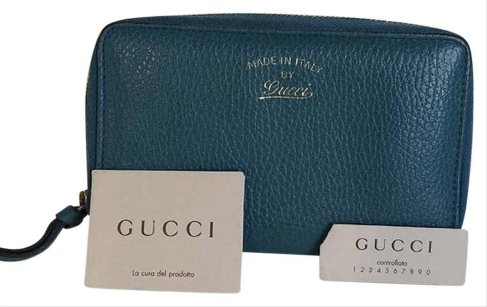 63c1442ee9b Gucci Authentic Gucci Sea Green Leather Zip Around Coin Wallet 354497 Image  0 ...