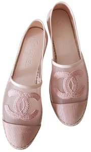 6531be91ca3c36 EU 35 (Approx. US 5). Chanel Pink Flats - category img. Chanel Pink Flats