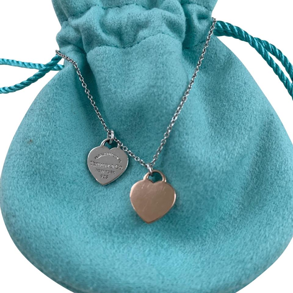 a4a830ac3 Tiffany & Co. RETURN TO TIFFANY Silver Rubedo Pink MINI DOUBLE HEART TAG  Image 0 ...