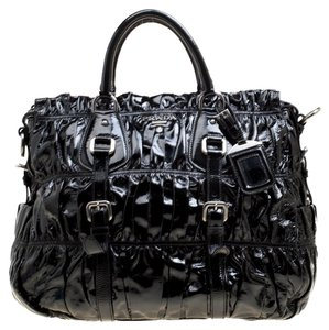 d3d37e638188da Prada Gaufre Bags - Up to 70% off at Tradesy (Page 2)