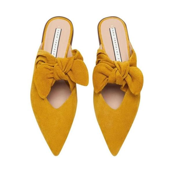 Item - Mustard New Cow Leather with Bow Mules/Slides Size US 9 Regular (M, B)