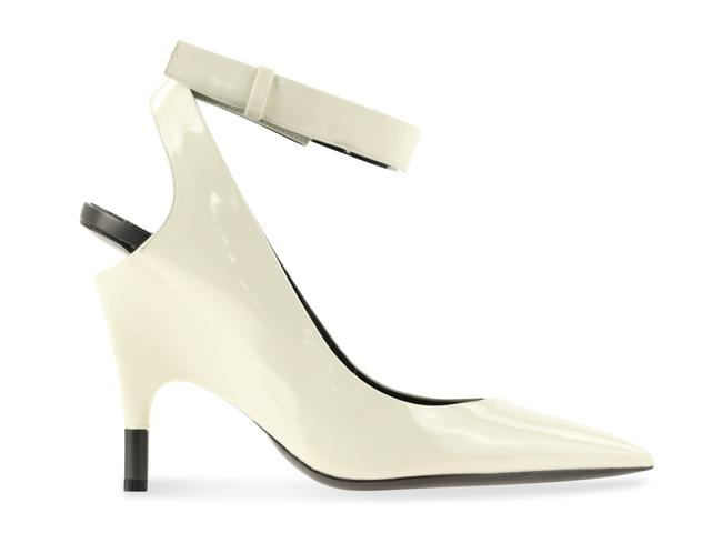 Item - White Pointed-toe Slingback Patent Leather Pumps Size US 8.5 Regular (M, B)