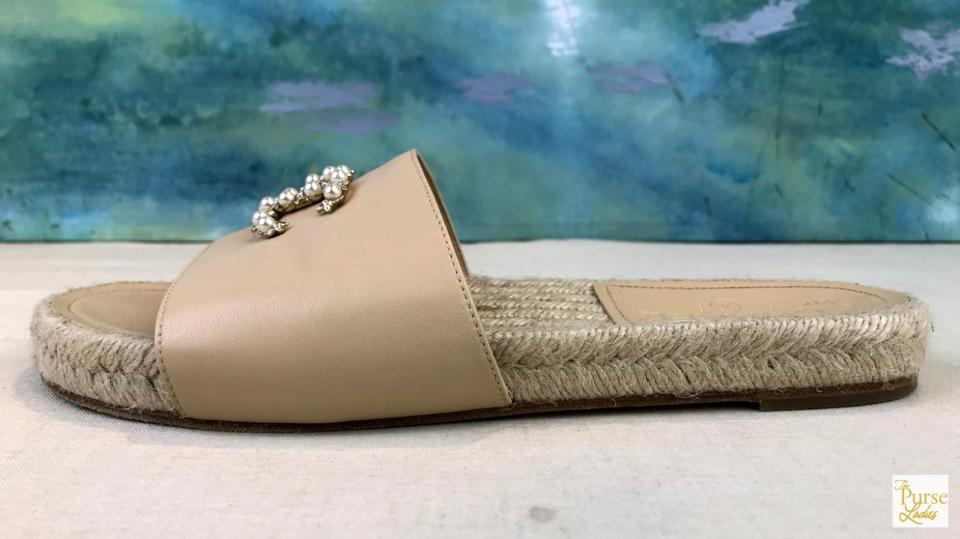 7acaca3be7c Chanel Beige Lambskin Leather Pearl Cc Espadrille Sale Sandals Size EU 39 ( Approx. US 9) Regular (M