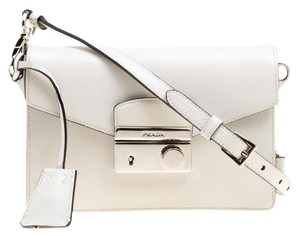 03c036e5297 Prada Bags on Sale - Up to 70% off at Tradesy