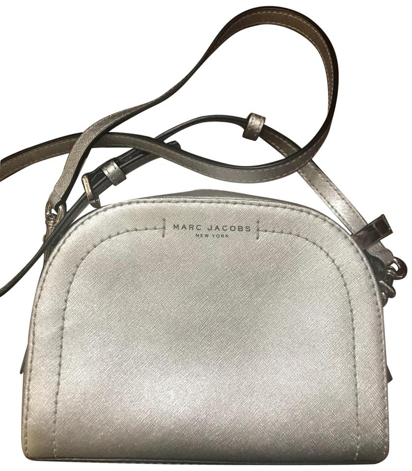 598fa51513a0f Marc Jacobs Playback Silver Leather Exterior Textile Interior Cross Body Bag