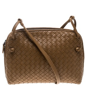 a6518626782a Bottega Veneta on Sale - Up to 70% off at Tradesy