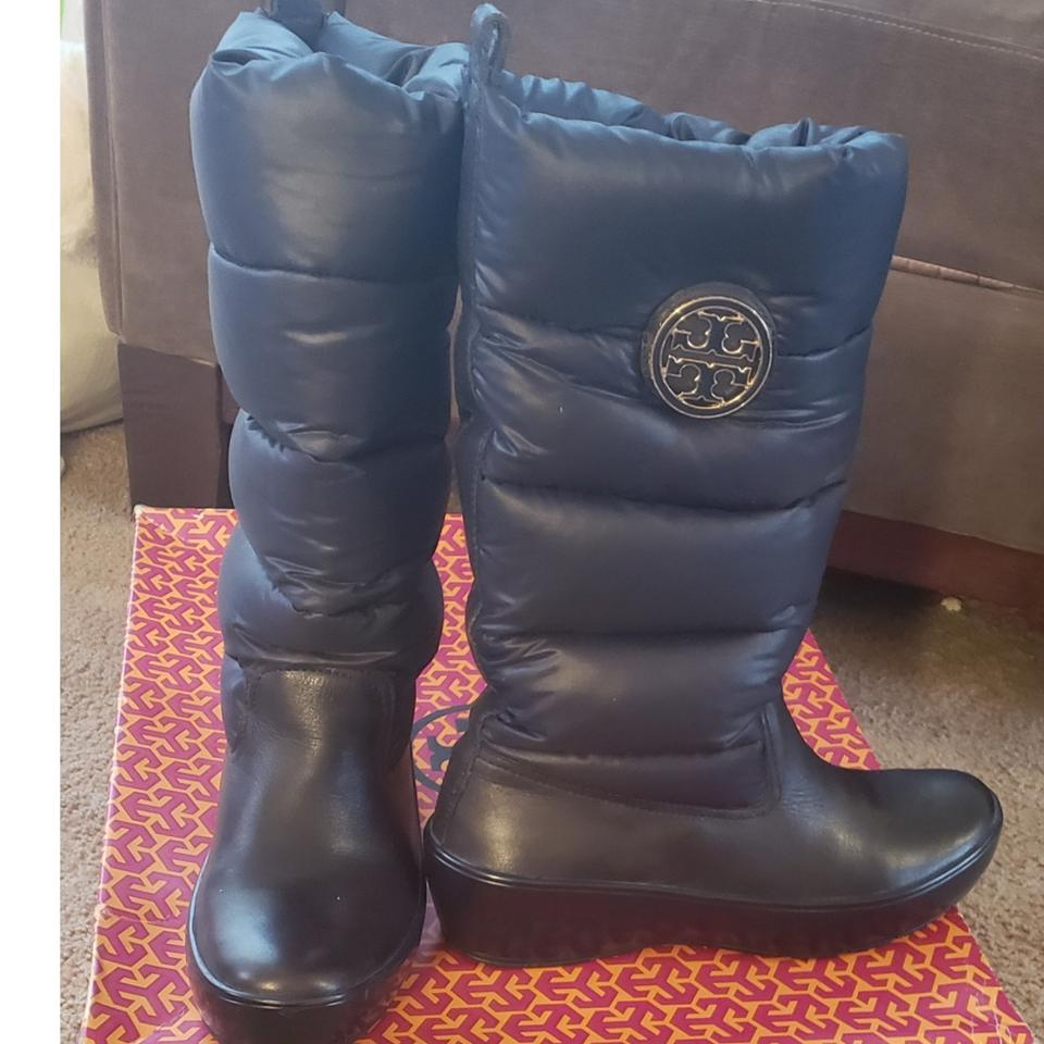8d2e569aa96 Tory Burch Navy Blue Puffer Boots Booties Size US 9 Regular (M