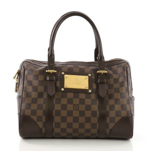 f2ab0f1e9e38 Louis Vuitton on Sale - Up to 70% off at Tradesy (Page 270)