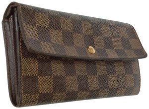 Louis Vuitton Wallets on Sale - Up to 70% off at Tradesy ddf61c2cc5f96