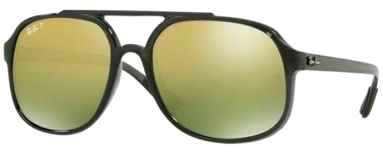 Preload https://img-static.tradesy.com/item/24874841/ray-ban-shiny-grey-frame-and-green-mirrored-gold-gradient-polarized-lens-unisex-aviator-sunglasses-0-2-540-540.jpg