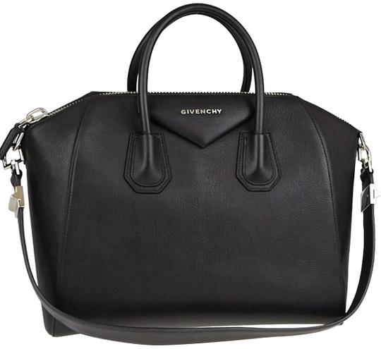 Preload https://img-static.tradesy.com/item/24874965/givenchy-antigona-medium-sugar-leather-satchel-0-1-540-540.jpg