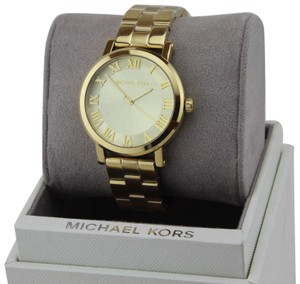 51a5f7a3e7b2 Gold Michael Kors Watches - Up to 70% off at Tradesy (Page 7)