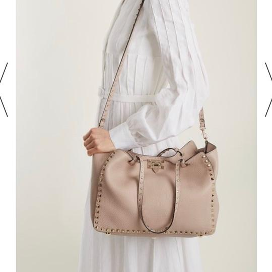 Valentino Tote in Dusty Light Pink Image 6