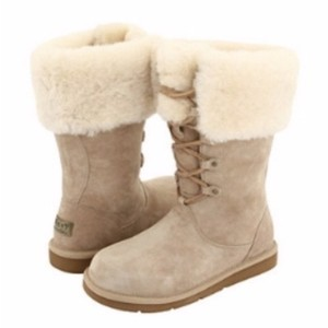 89dd414b5128 Women s UGG Australia Shoes - Up to 90% off at Tradesy