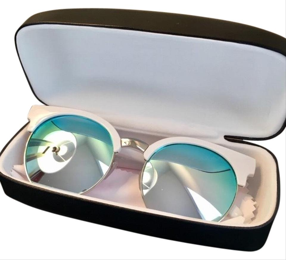 b3da046b82 Quay White with Blue Mirrored Lens Nwot   limited Edition  highly Strung  Sunnies Sunglasses