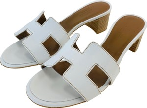 171fae9d2d9d Women s Hermès Shoes - Up to 90% off at Tradesy