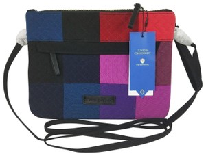 Vera Bradley Cross Body Bags - Up to 90% off at Tradesy (Page 4) 8b43edbb79dc8