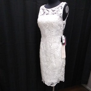 Adrianna Papell Ivory Crochet Lace Short and Sweet Casual Wedding Dress Size 4 (S)