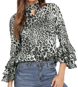 SheIn Top Black and white