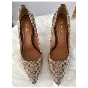 Coach Stiletto Heels Logo Canvas Pointed Toe Beige and brown Pumps