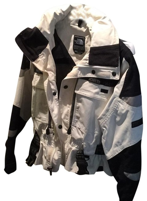 Item - White Black and Grey Steep Tech Coat Size 4 (S)